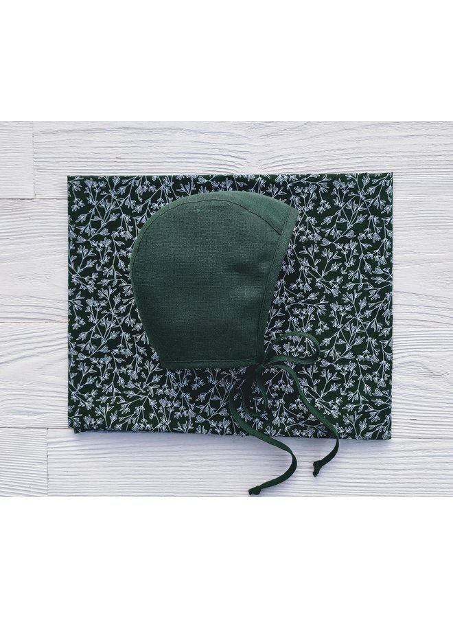 Bonnet forest green - botanical