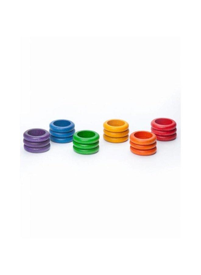18 ringen, 6 kleuren