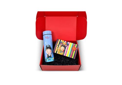Or Tea? Gift Box: Behind the rainbow
