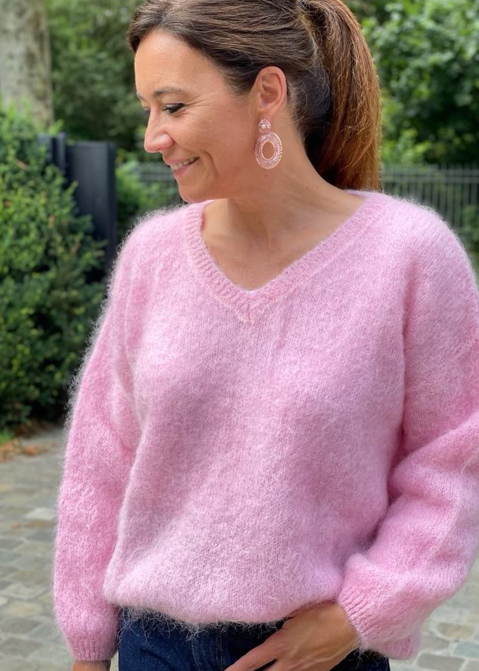 Guts & Goats Meghan Pink Pull
