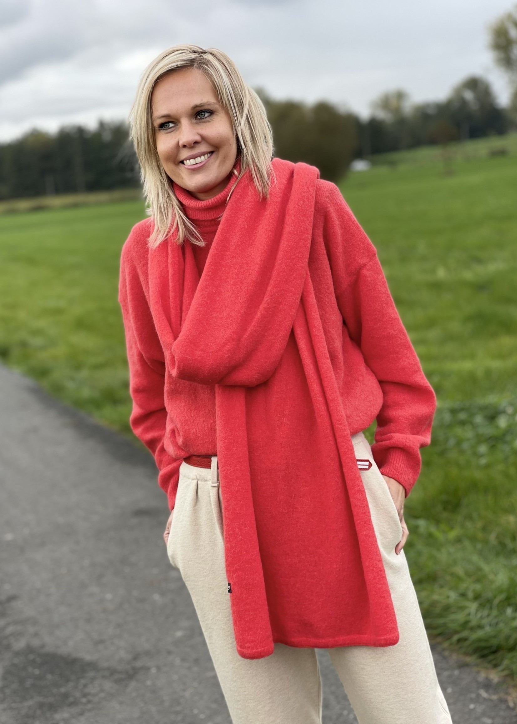 Guts & Goats Red Knit Scarf