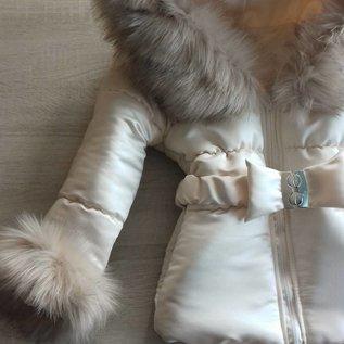 Creme  winterjas Inclusief grote bontkraag