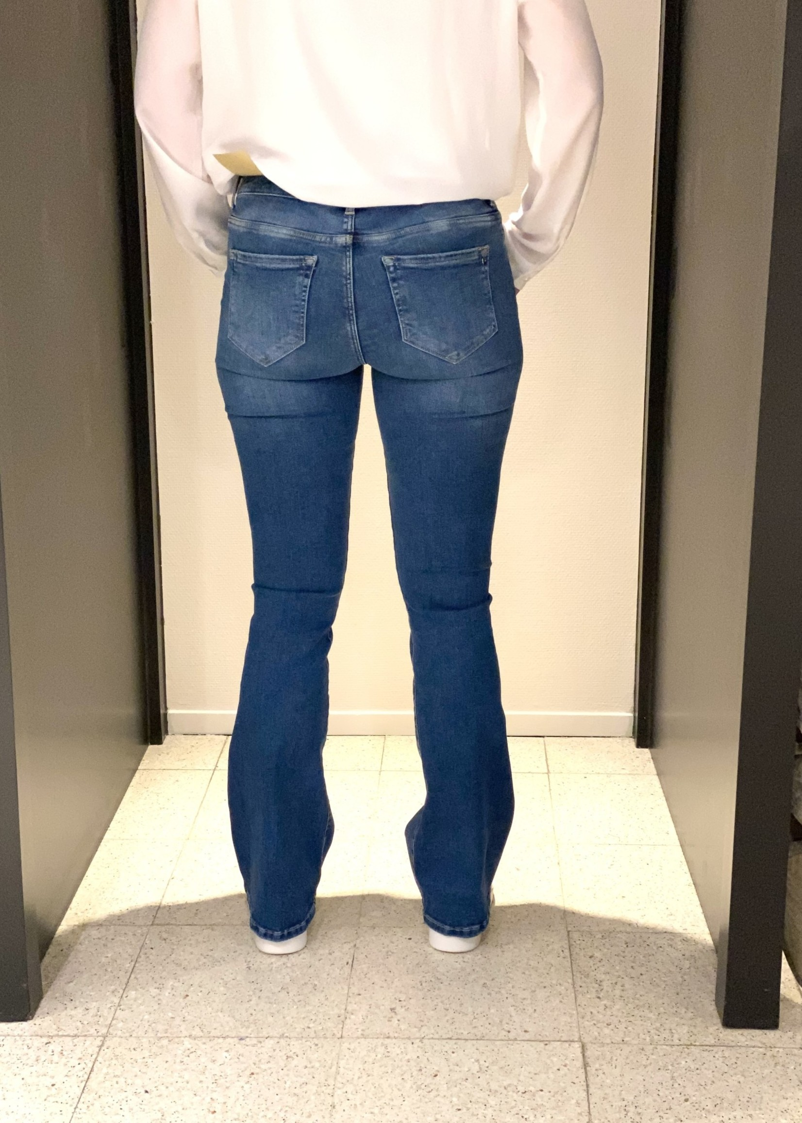 CUP OF JOE JEANS Laura flared jeans  light blue L30