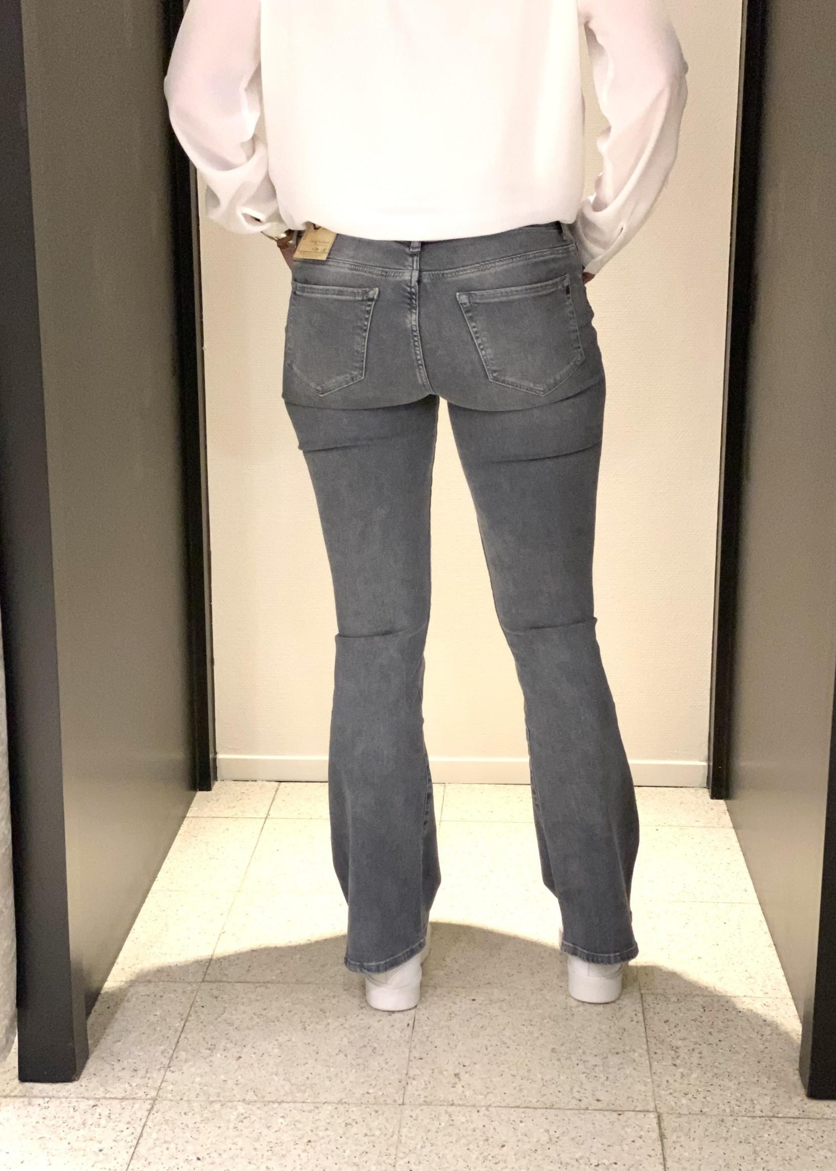 CUP OF JOE JEANS Laura flared jeans  smoke grey L30