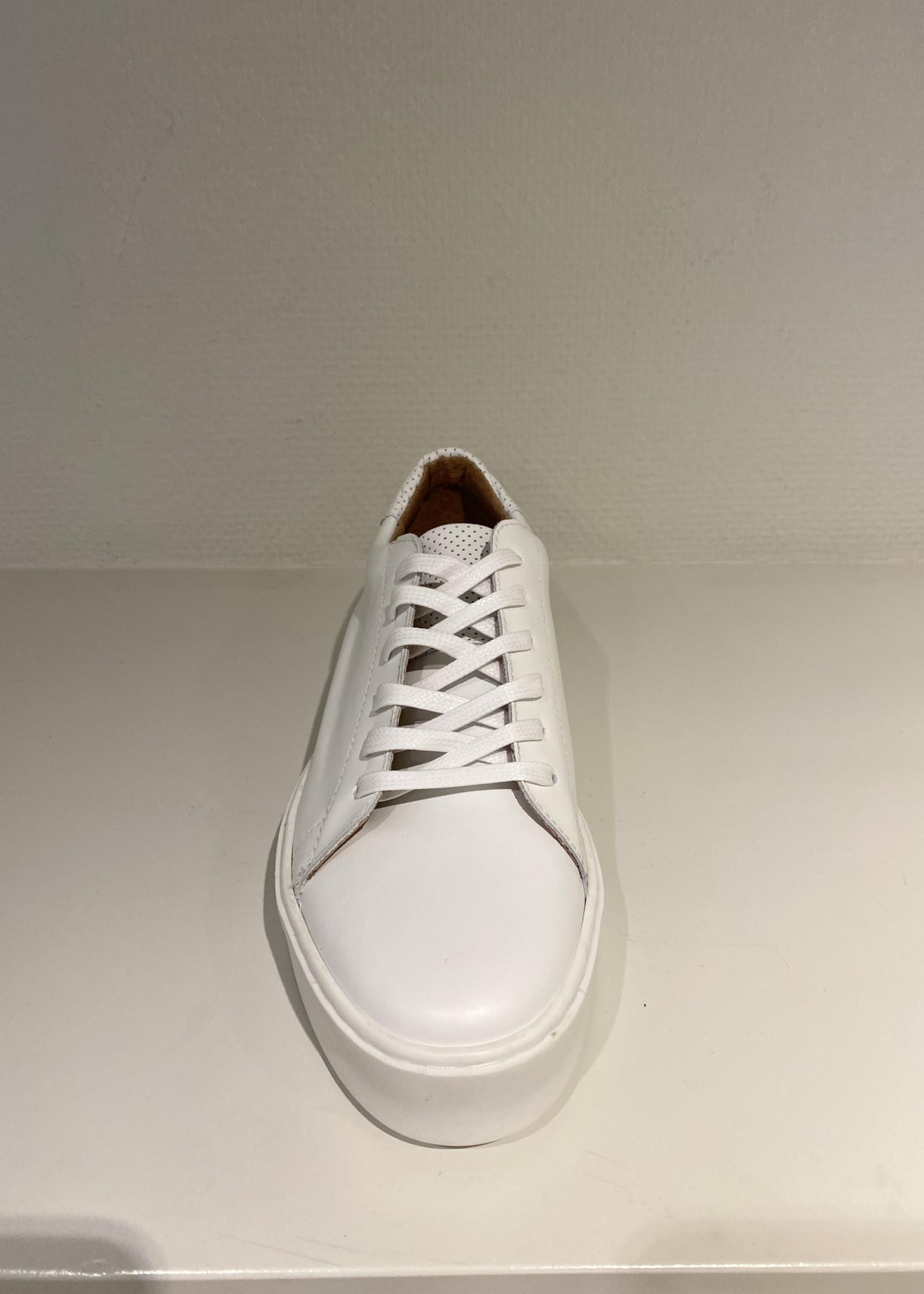 DWRS Witte leren sneaker van DWRS