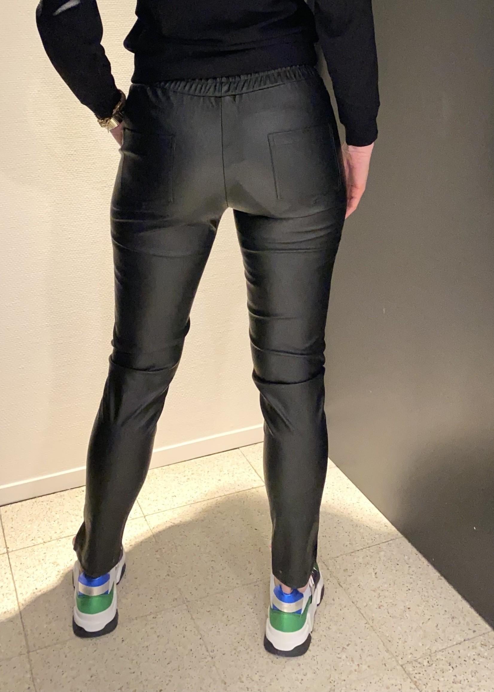 GMAXX Zwarte broek Ditte van GMAX