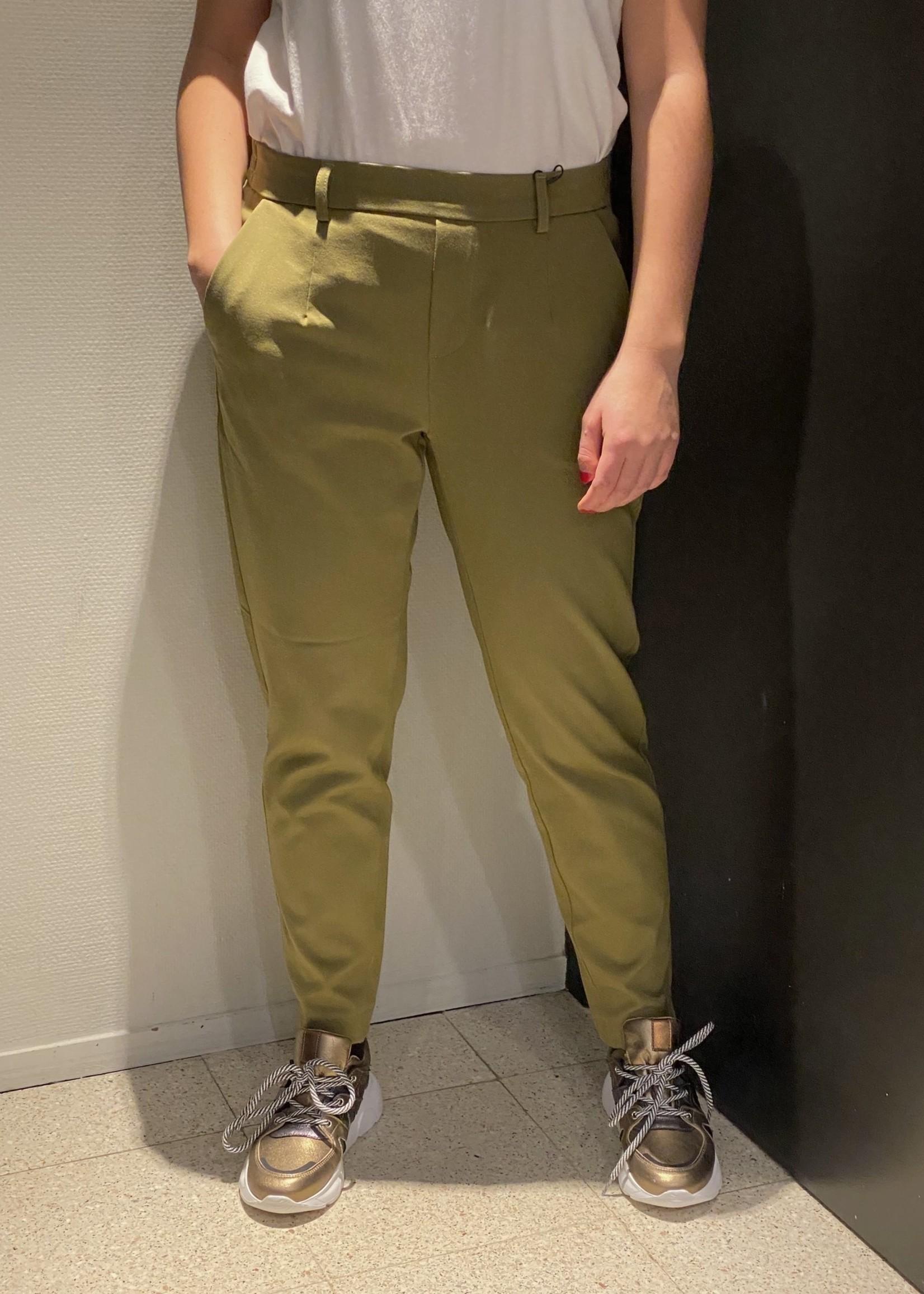 OBJECT Groene broek van OBJECT