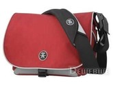 Crumpler Daily Three Seventy M red