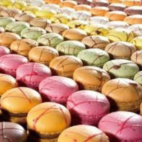 LA ROSE NOIRE Hand Crafted Assorted  Macarons - 96 pieces (15 g each)