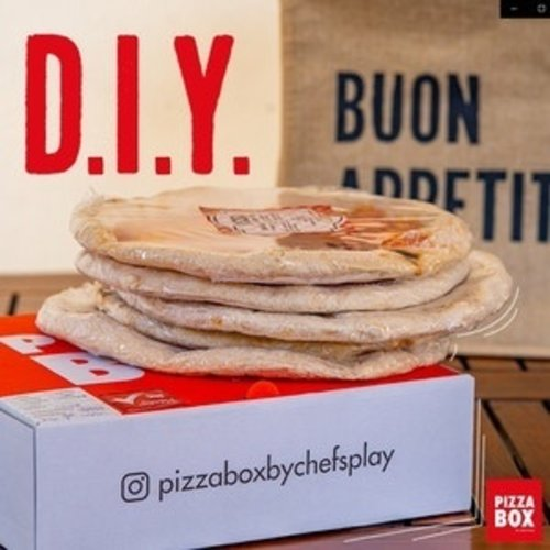PIZZA BOX BY CHEF'S PLAY DIY Pizza Box  All Stars 5's (Frozen Pizza Bases)