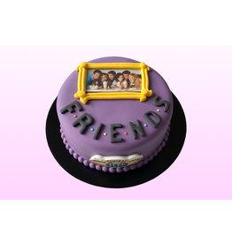 1. Sweet Planet Friends taart