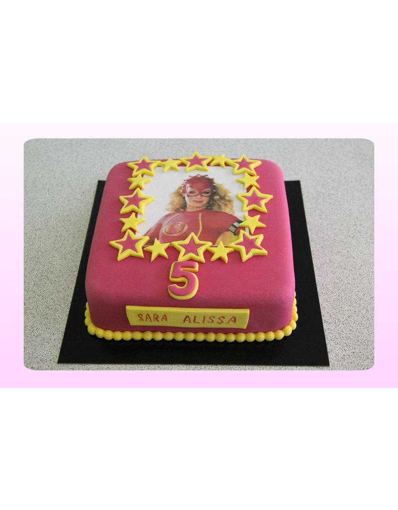 1. Sweet Planet Mega Mindy taart