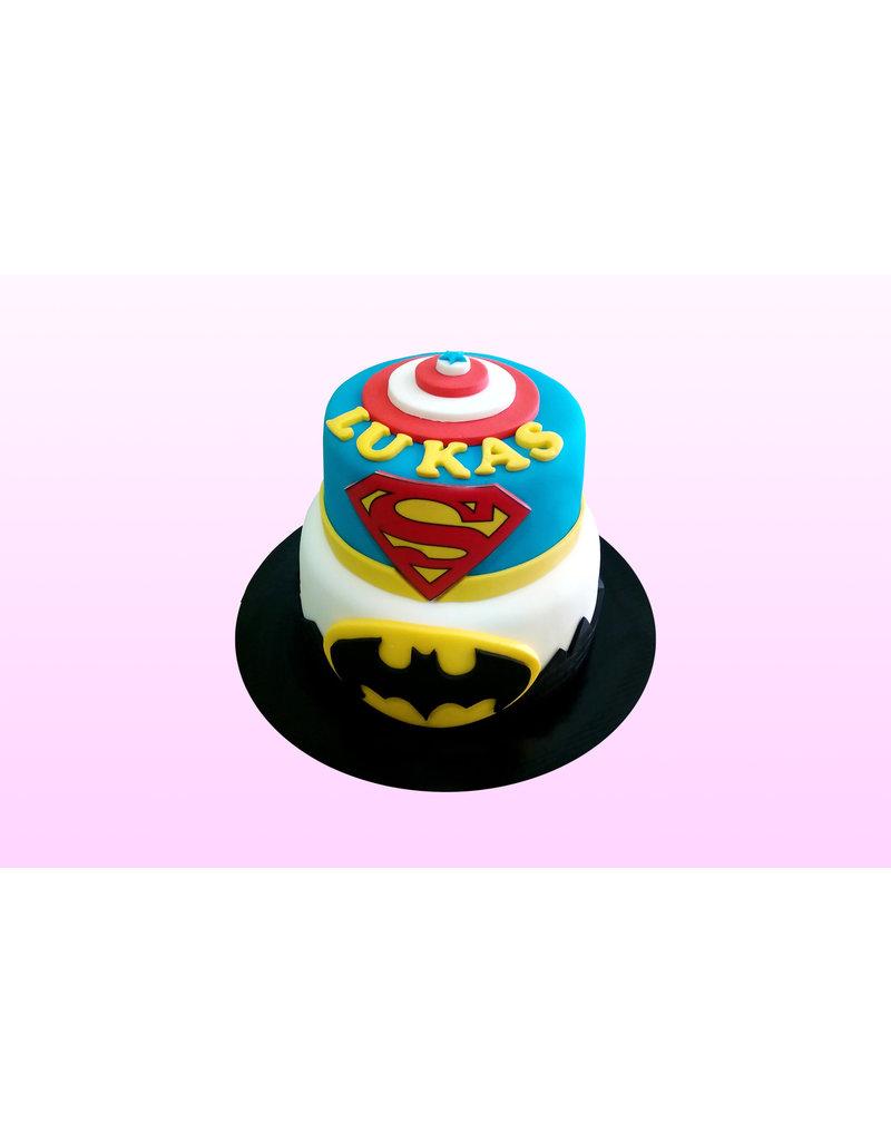 1. Sweet Planet Superhelden taart model 2