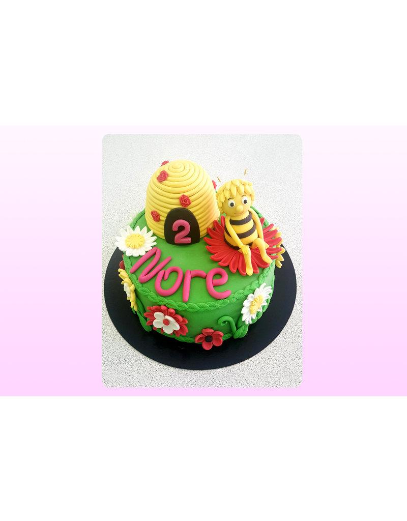 1. Sweet Planet Maya de bij taart model 1