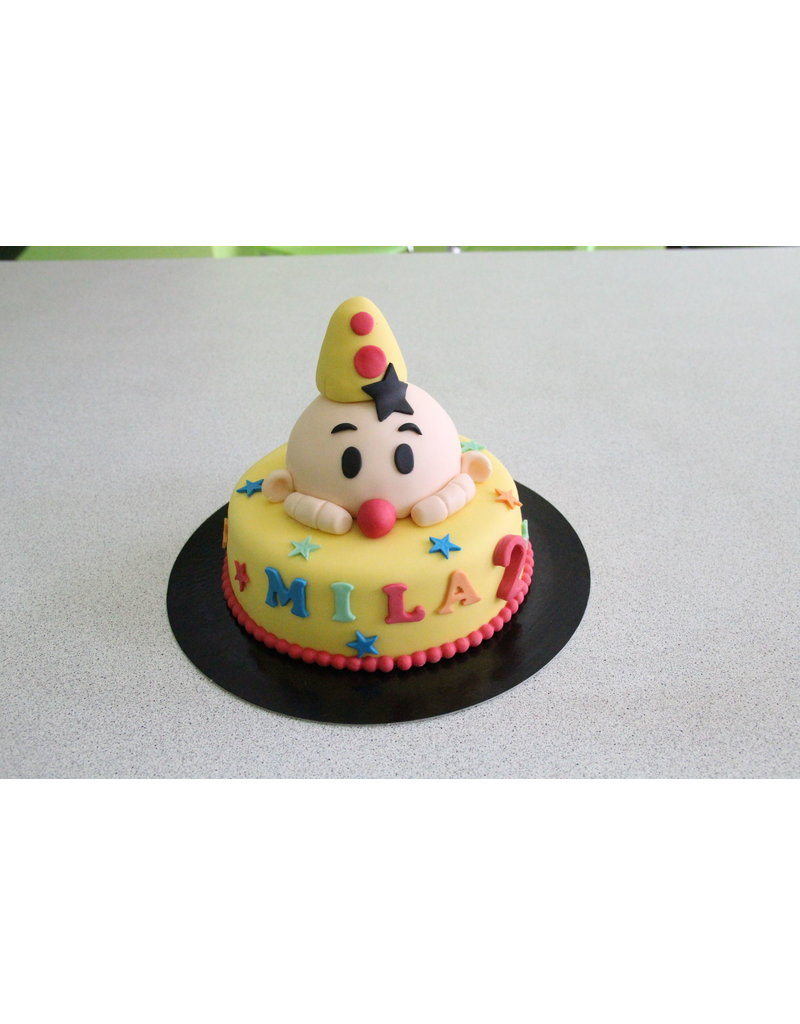 1. Sweet Planet Bumba taart model 4