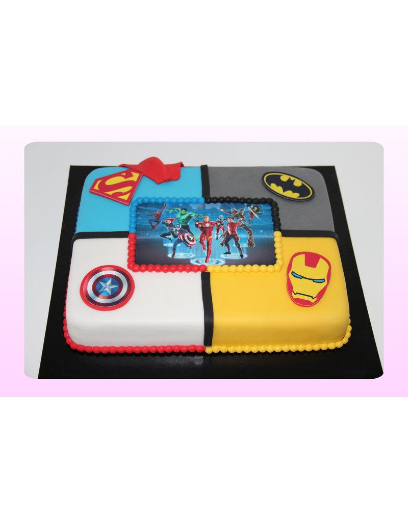 1. Sweet Planet Superhelden taart model 1