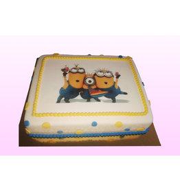 1. Sweet Planet Minions taart model 2