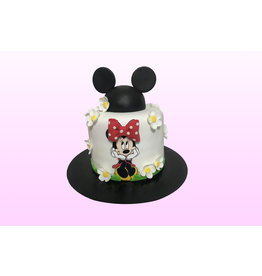 1. Sweet Planet Minnie Mouse taart model 2