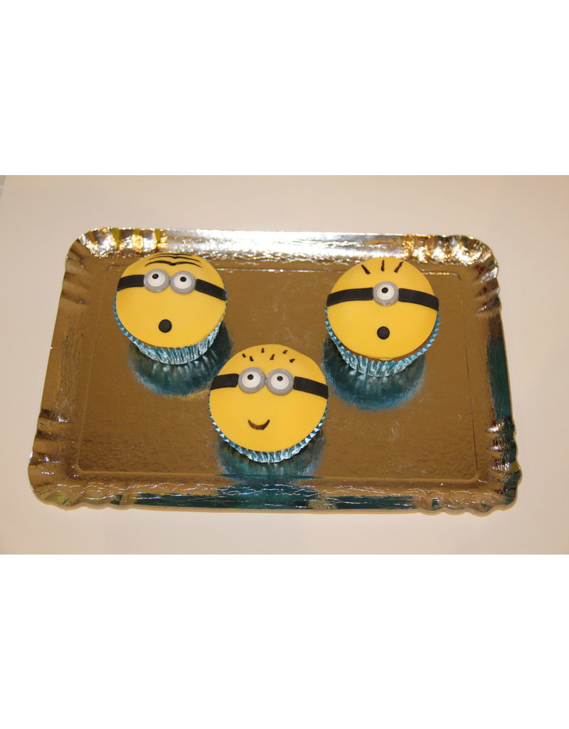 1. Sweet Planet Minions cupcakes
