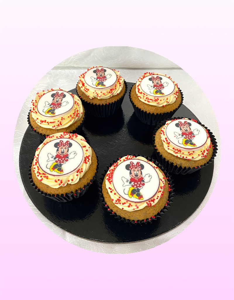 1. Sweet Planet Minnie mouse cupcakes model 2
