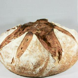 Peter Bakt Brood Zuurdesembrood van tarwebloem, IJsselsteins volkorenmeel en rogge