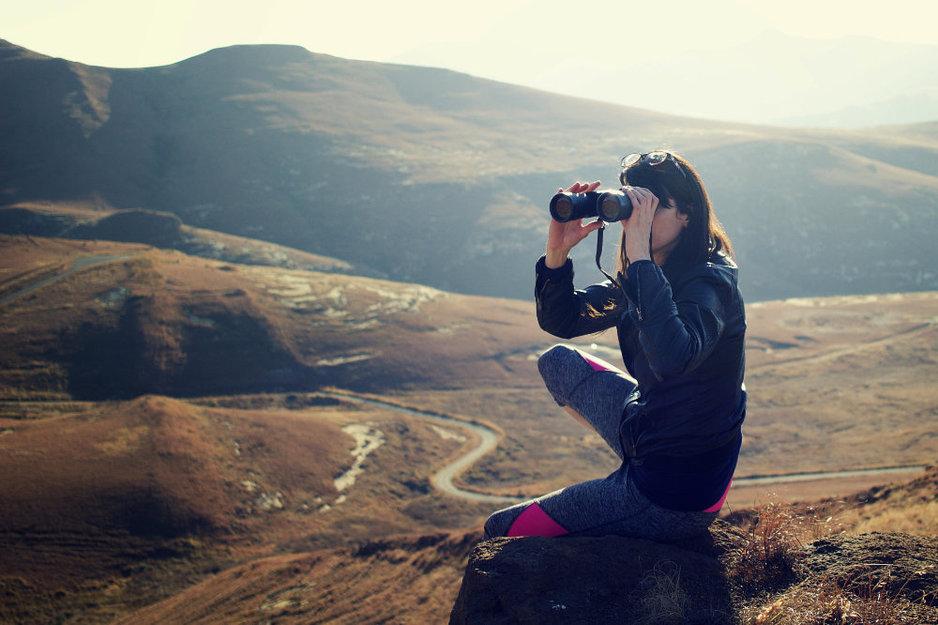 Wat is een goede verrekijker voor vogels kijken? Hier moet je op letten