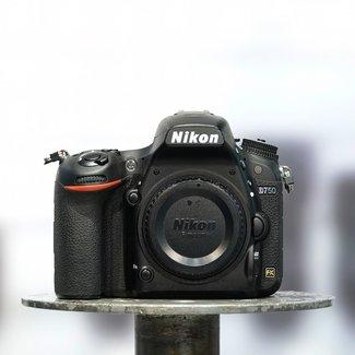 Nikon ✅ Nikon D750 (7.000 Clicks) nr. 4385