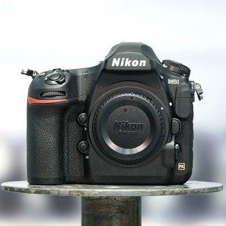 Nikon Nikon D850 (19.000 clicks)
