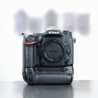 Nikon ✅ Nikon D7100 + Grip nr. 3530