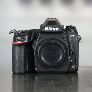 Nikon Nikon D780 (3.200 Clicks)