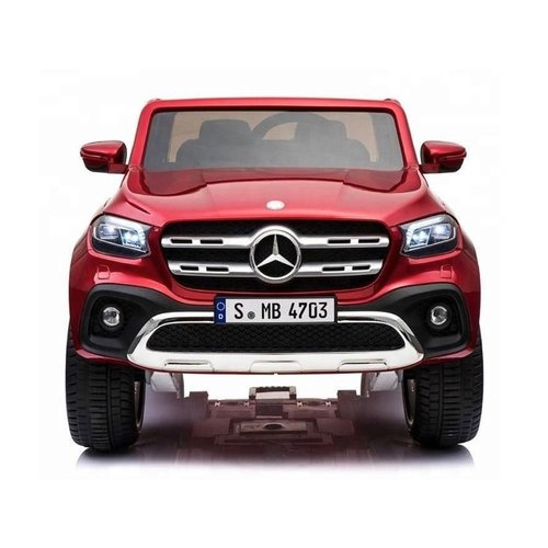 Mercedes Mercedes X-KLASSE 12V Childen Car Metallic Red