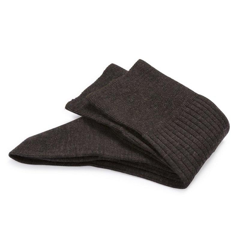 Donkerbruine wollen rib sokken   Carlo Lanza