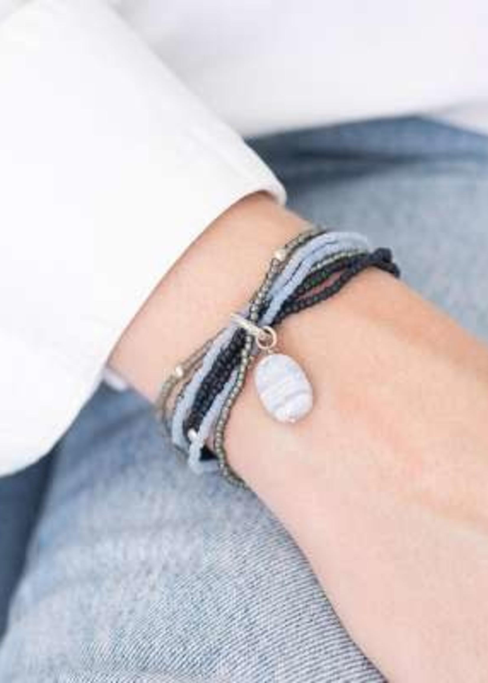 A Beautiful Story Nirmala Blauwe Agaat Zilver Armband
