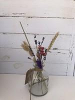 Vaasje klein gerecycled glas  - met  Droogbloemen