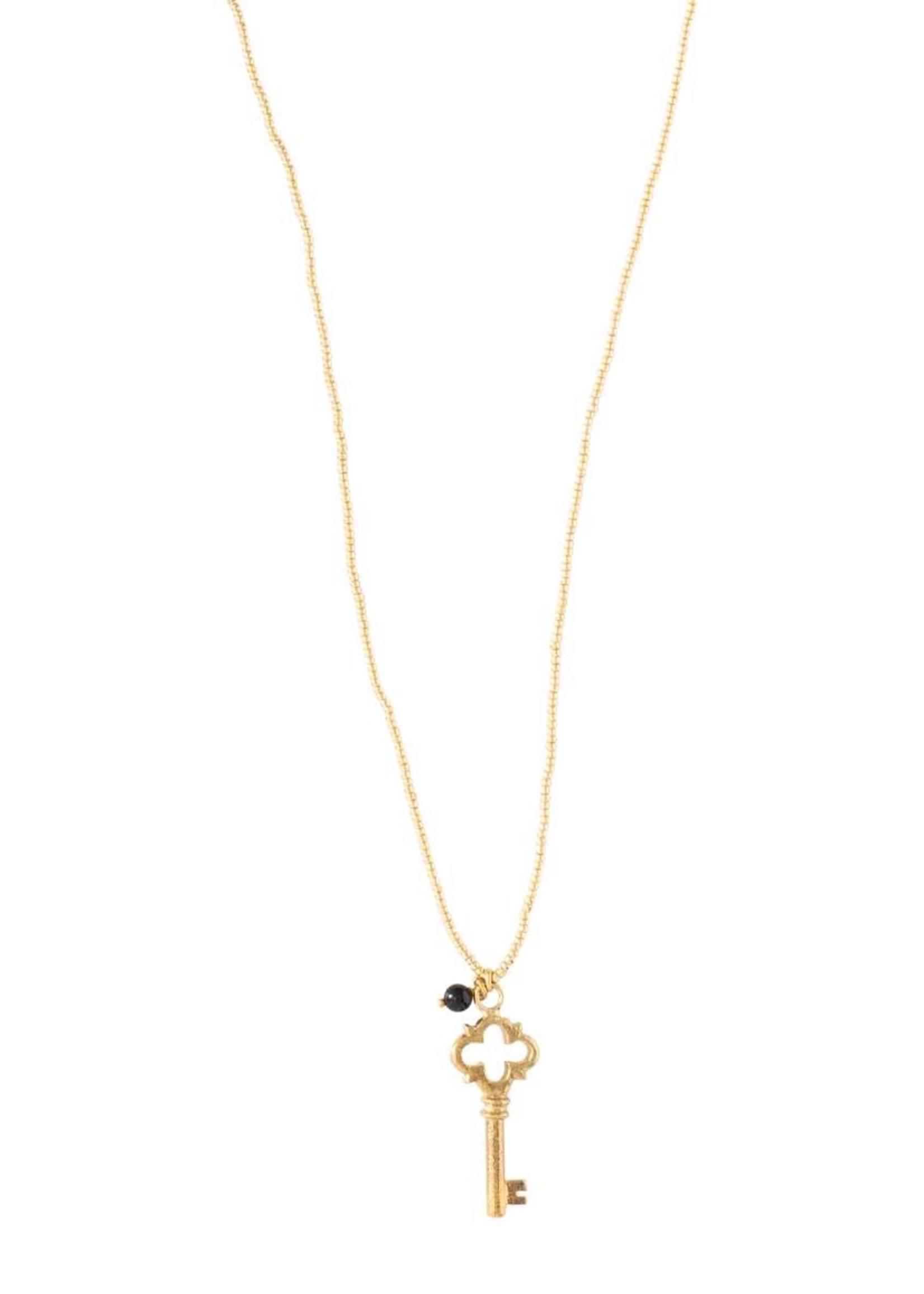 A Beautiful Story a Beautiful Story Paradise Black Onyx Gold necklace