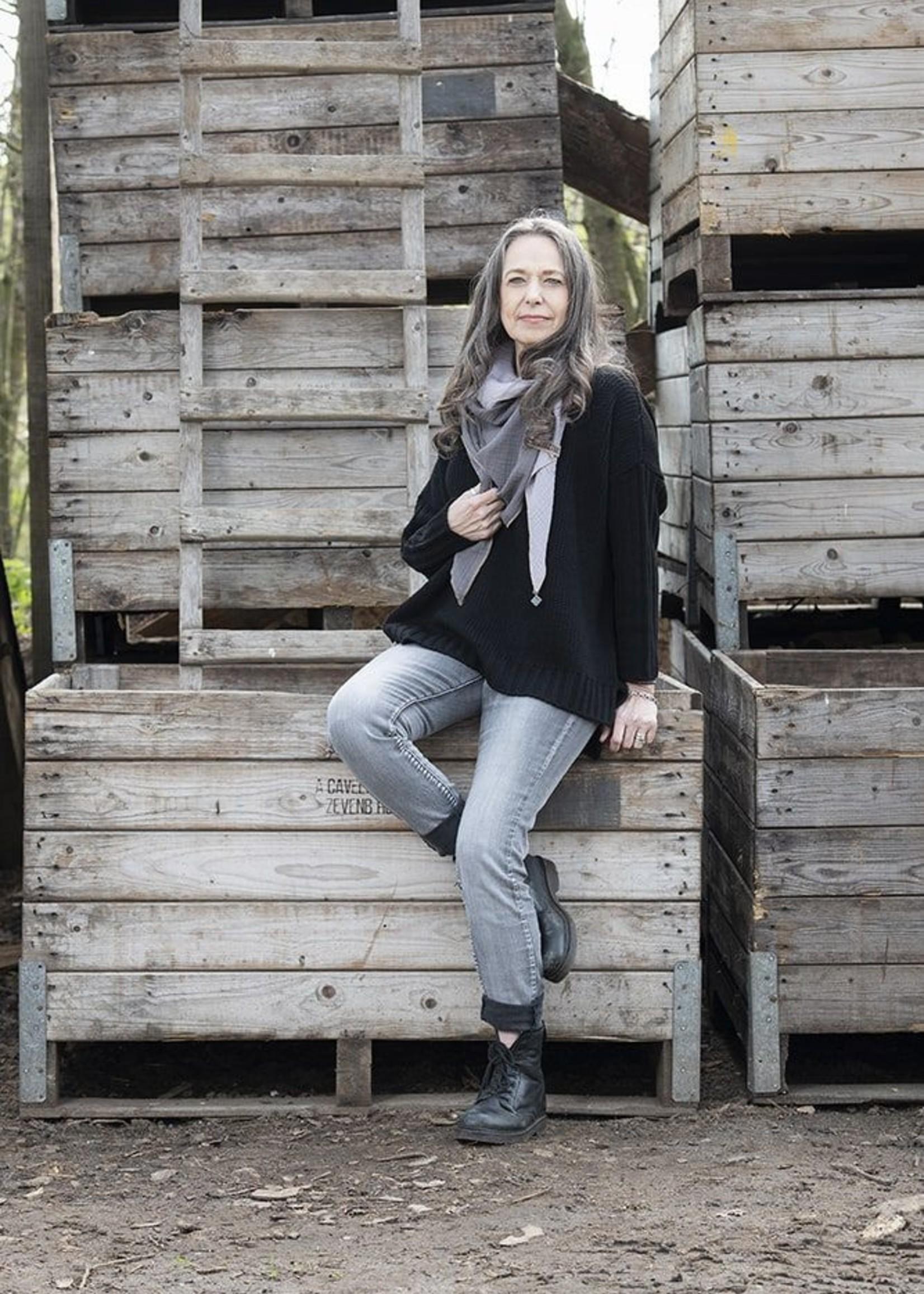 Knit Factory Knit Factory - Kylie Sweater Gebreid - Zwart