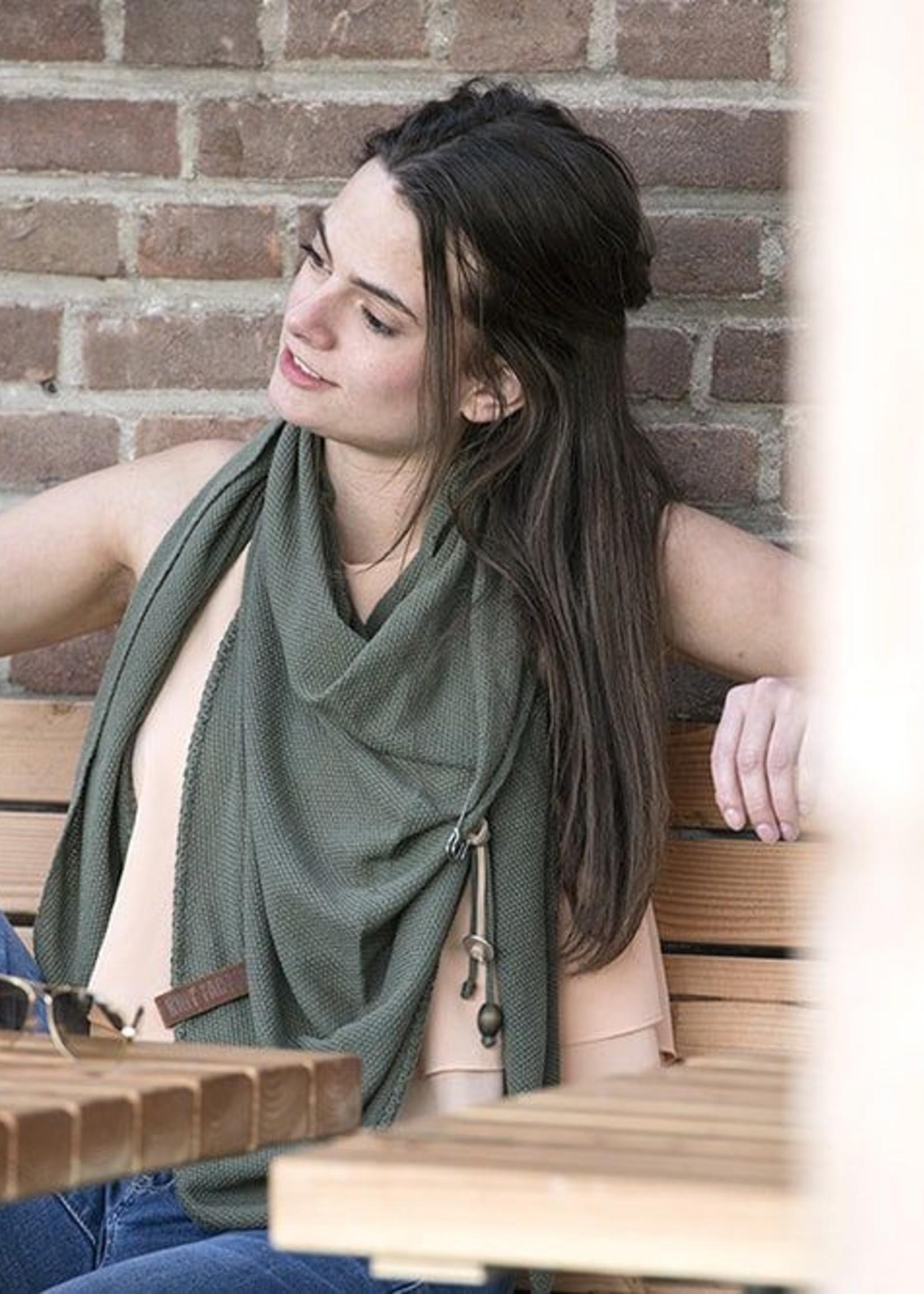 Knit Factory Knit Factory - Lola Triangle Sjaal - Groen