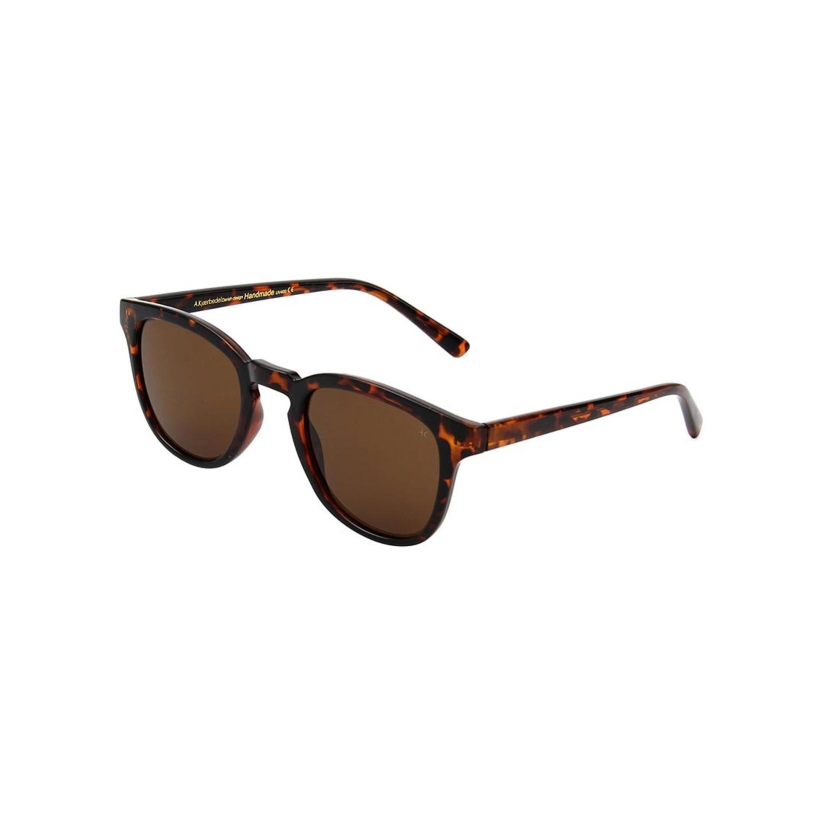 Kjearbede Kjearbede zonnebril Bate Demi Turtoise / KL1910-6