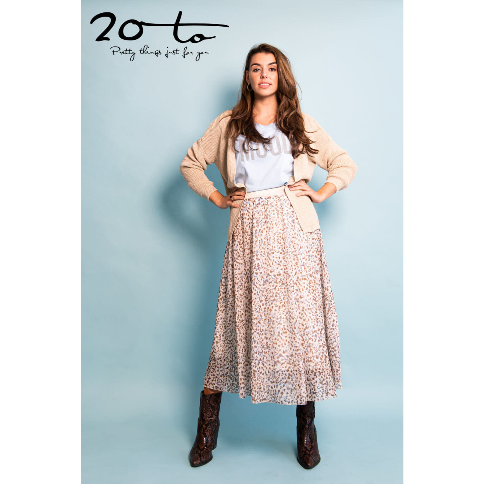 20 to 20 to skirt pois 21SS107-001