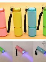 Mini UV Led Lamp (Incl. Batterijen)