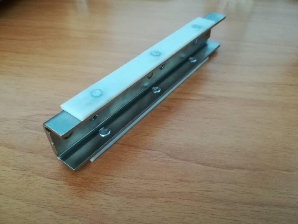 Integrated fridge door strip slider