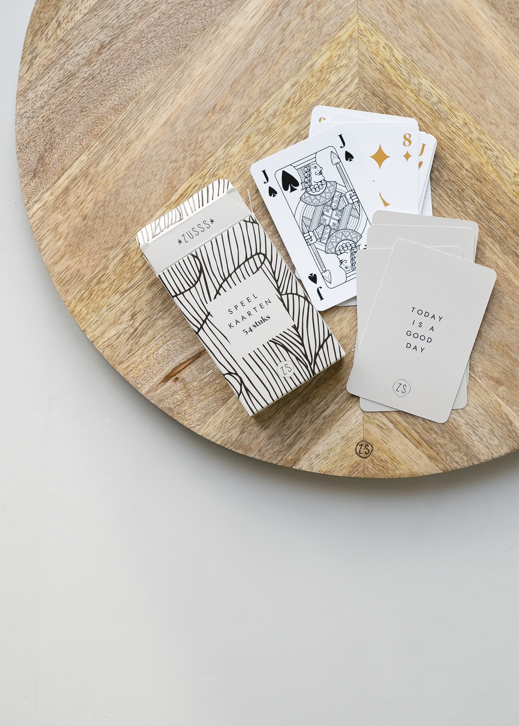 ZUSSS kaartspel in een doosje