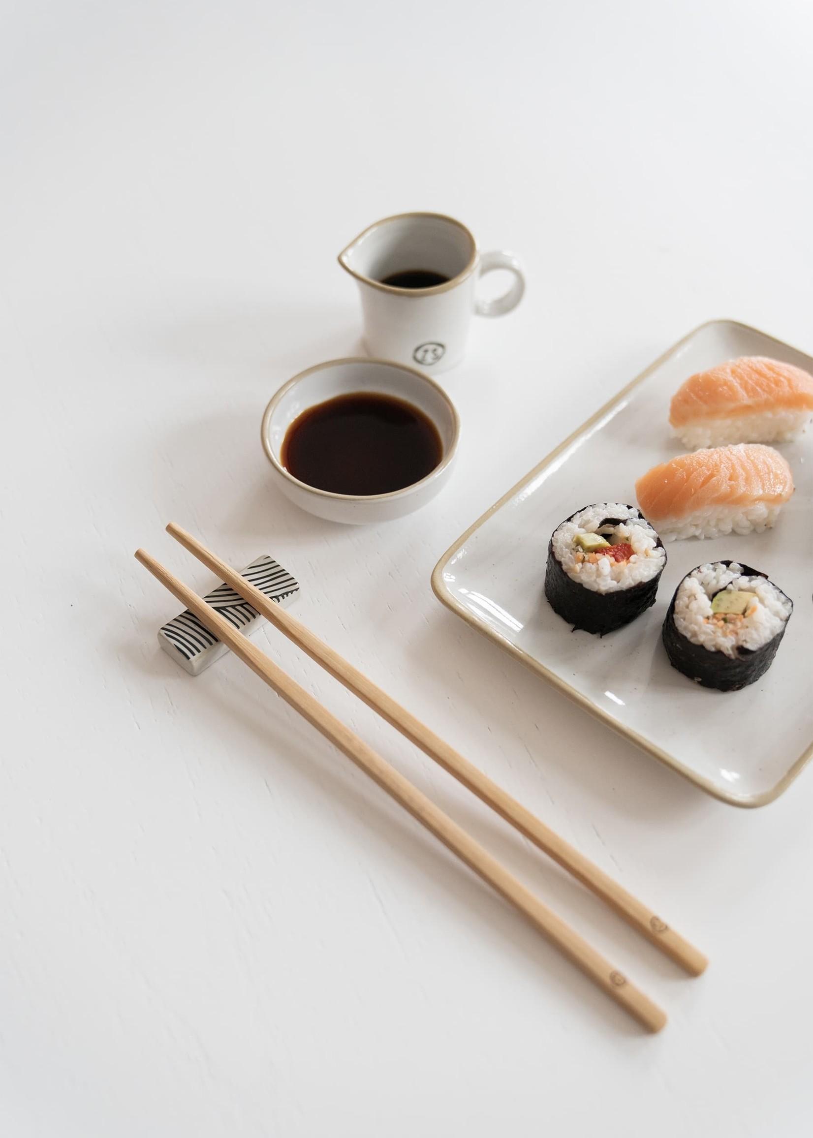 ZUSSS set sushi servies aardewerk wit
