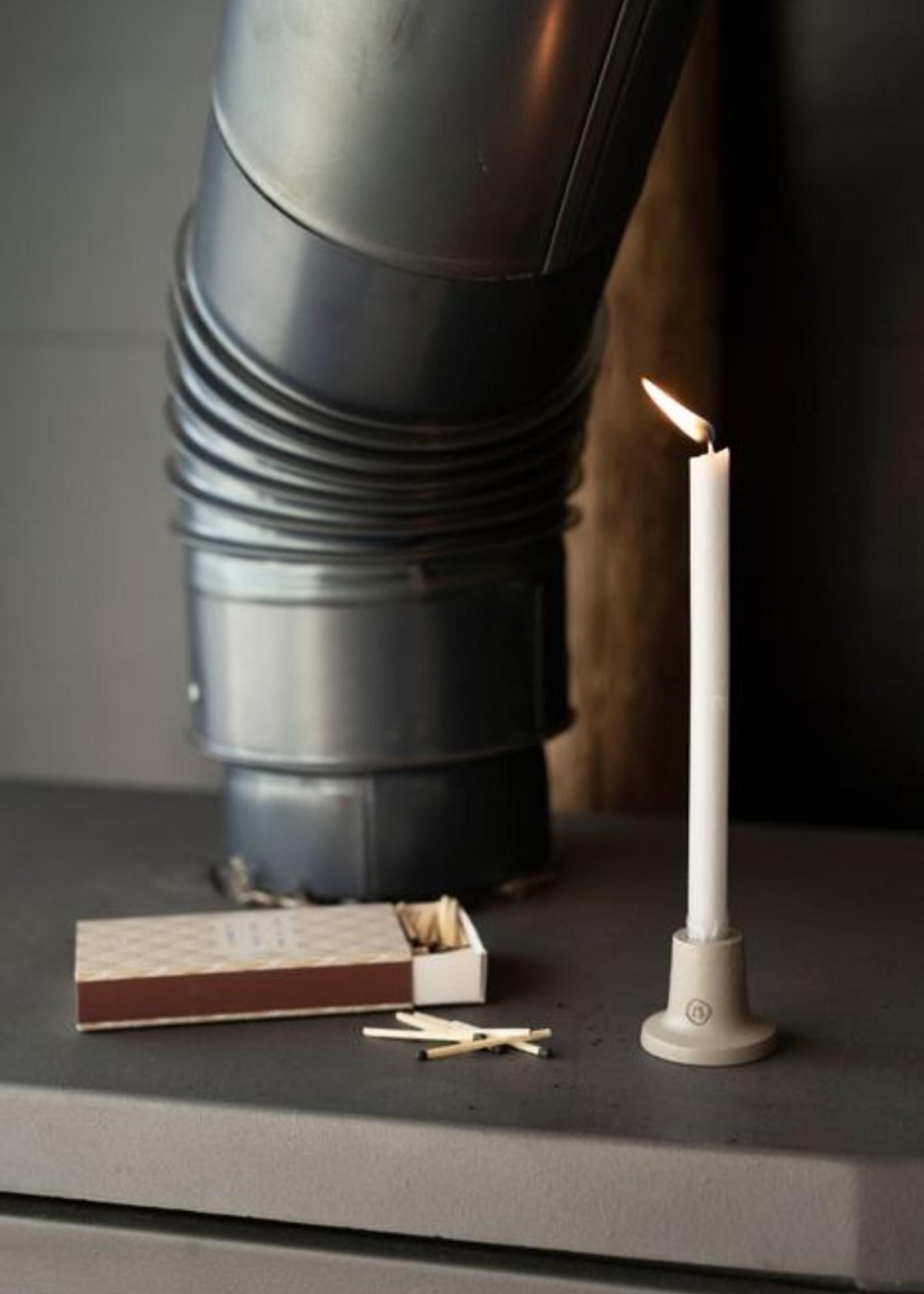 ZUSSS doosje met 10 smalle kaarsjes 17cm lichtgrijs