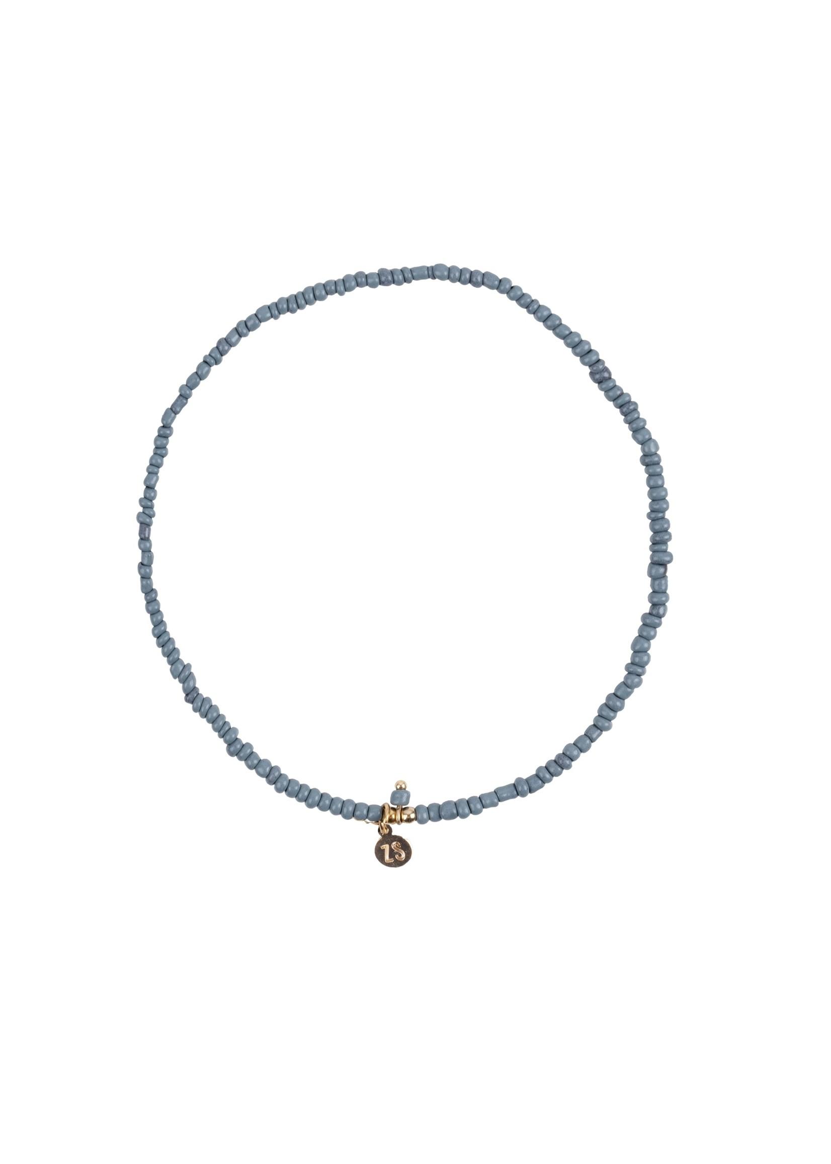 ZUSSS fijn kralenarmbandje grijs-blauw/goud