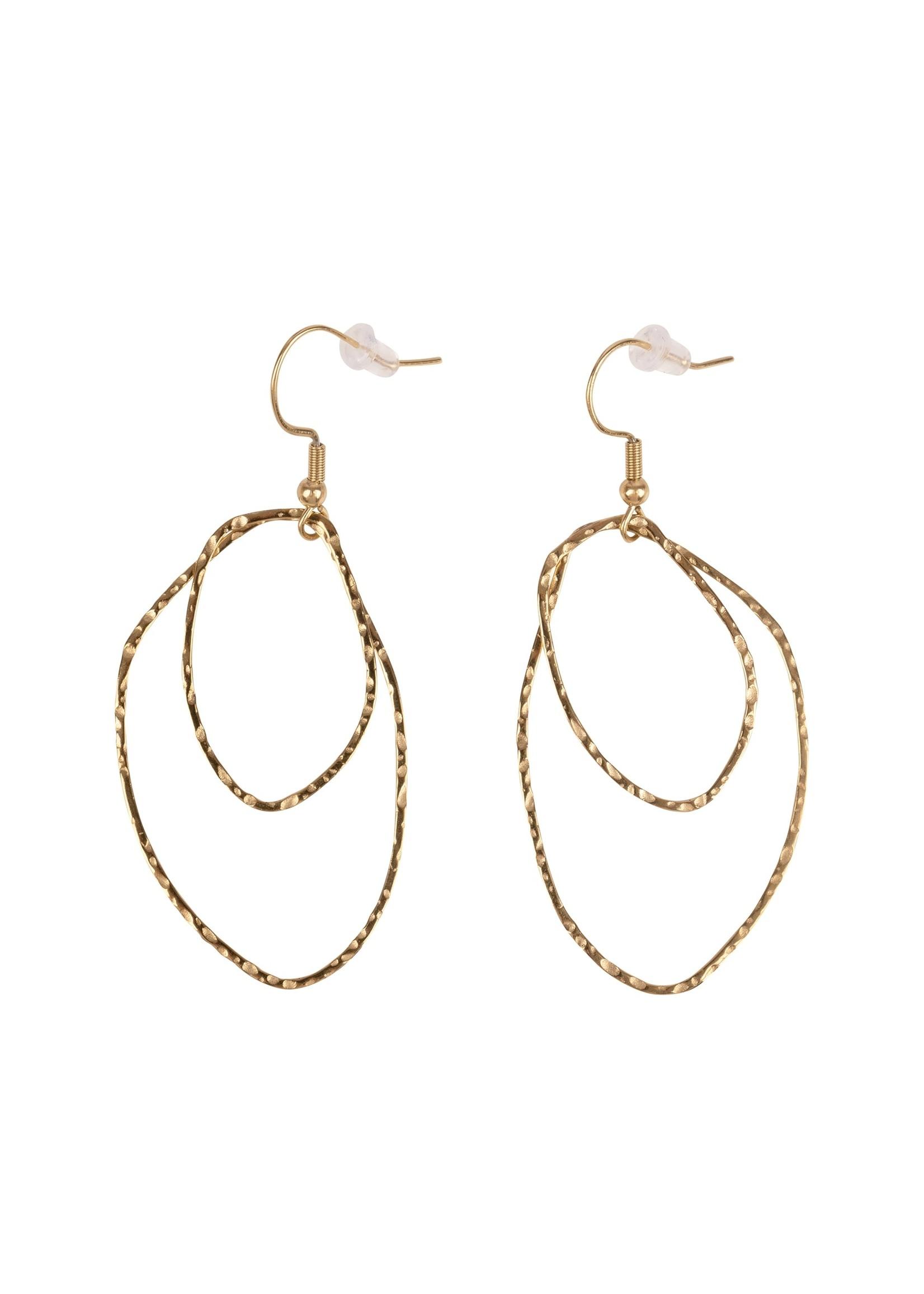 ZUSSS oorbellen gouden hangers