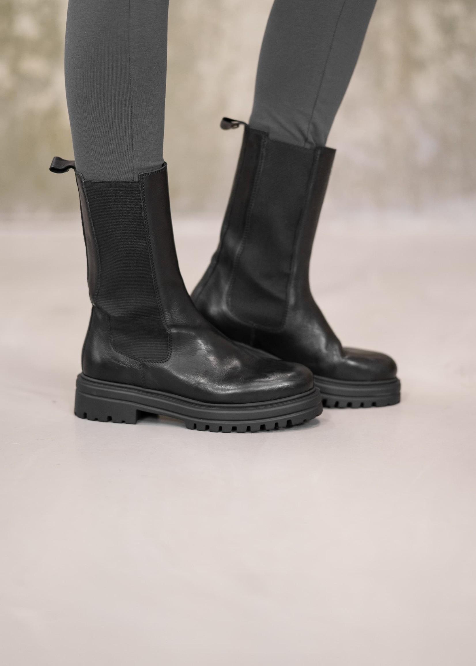 ZUSSS chelsea boots zwart