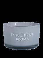 My Flame Geurkaars van sojawas in glazen pot.  Tekst: Explore. Dream. Discover.