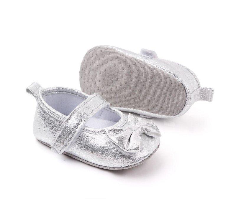 Zilveren sandalen -  strikje