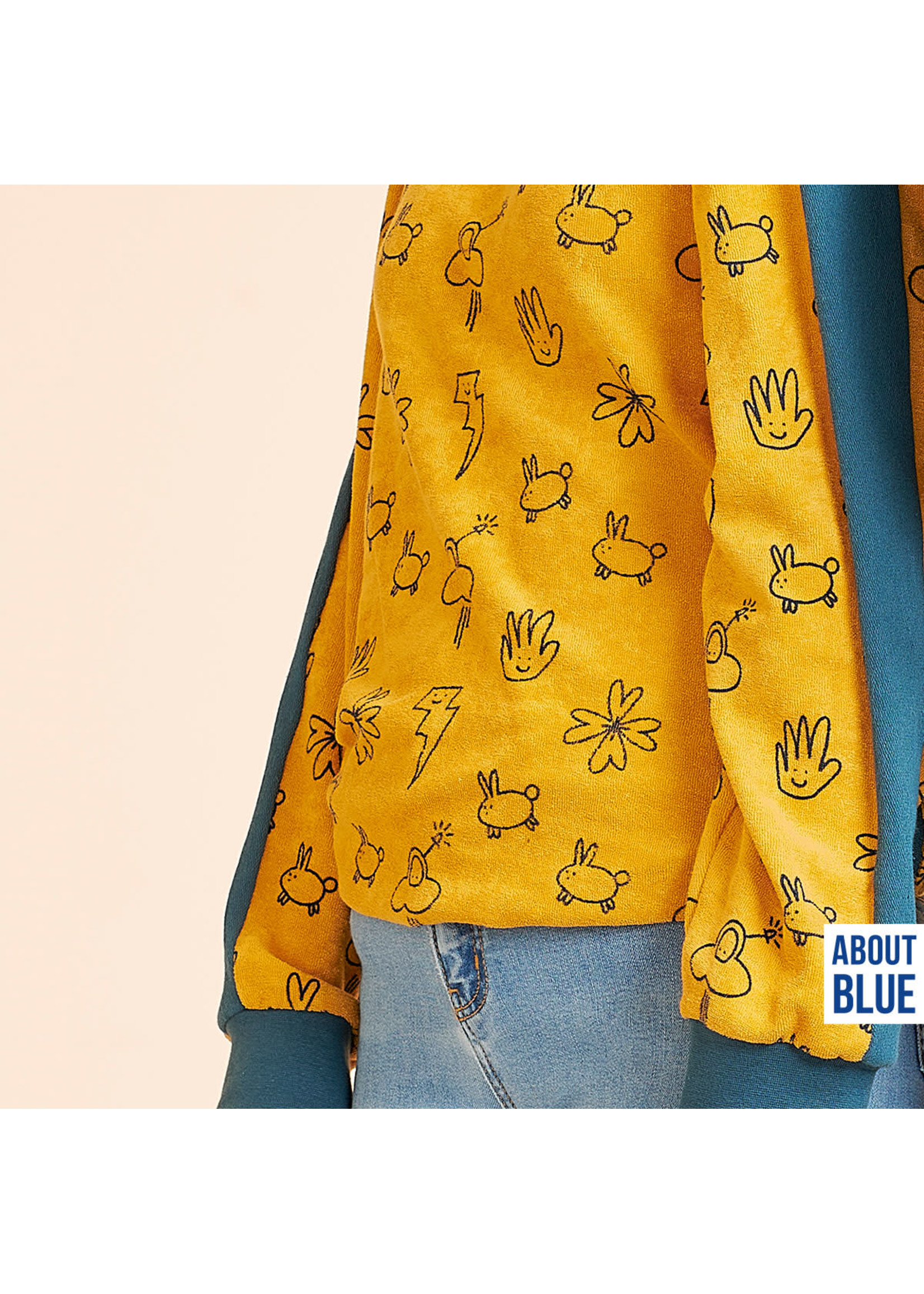 About Blue Fabrics Smilicons Sponge